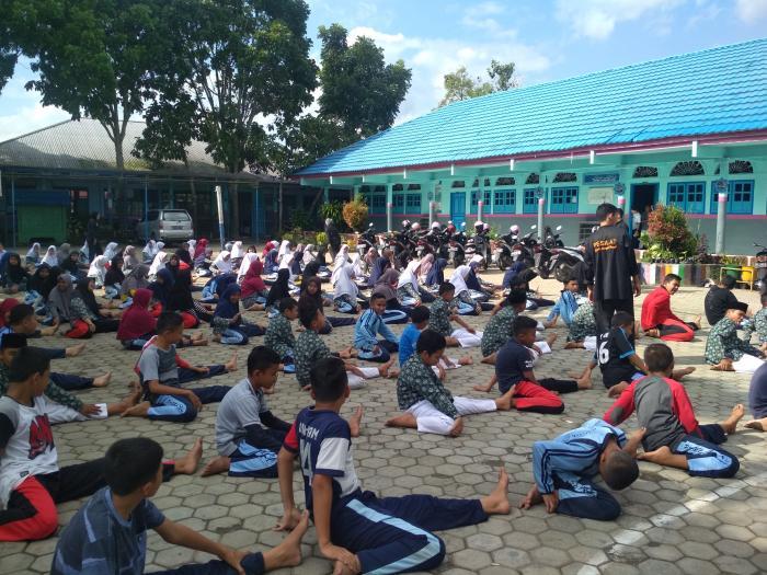 Pelatihan Bela Diri MTsN 1 Kota Sungai Penuh